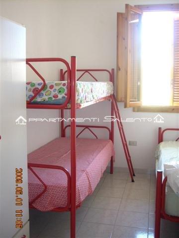 Appartamento semeraro primo piano appartamenti salento for Piani camera da letto del primo piano